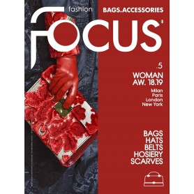 FASHION FOCUS WOMAN BAGS.ACCESSORIES N.4 SS18