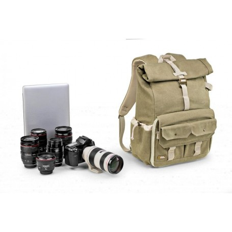 National Geographic  Earth Explorer Medium Backpack for DSLR, NG5170